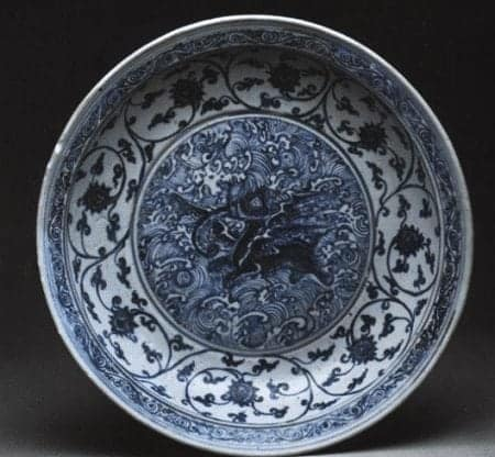 Lena Shoal Blue-and-White Dish with Flying Elephant