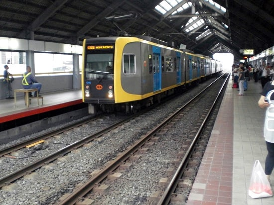 lrt 1 and lrt 2 stations in manila philippines